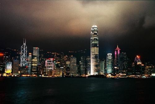 香港电商不给力的显性原因深度揭秘